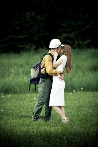 wedding-idaho-wa-firefighter-hot-kissing