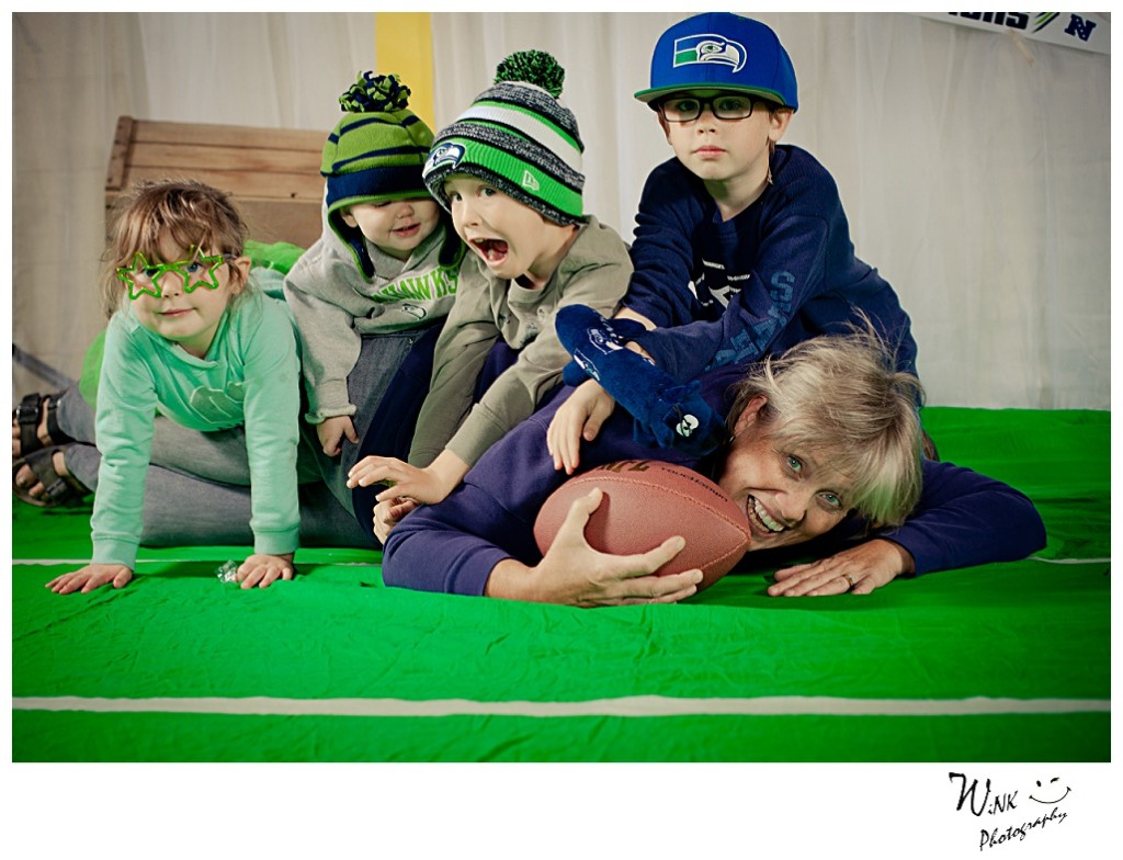 wink-photography-idaho-oldtown-playdates-family-seahawks-football-10