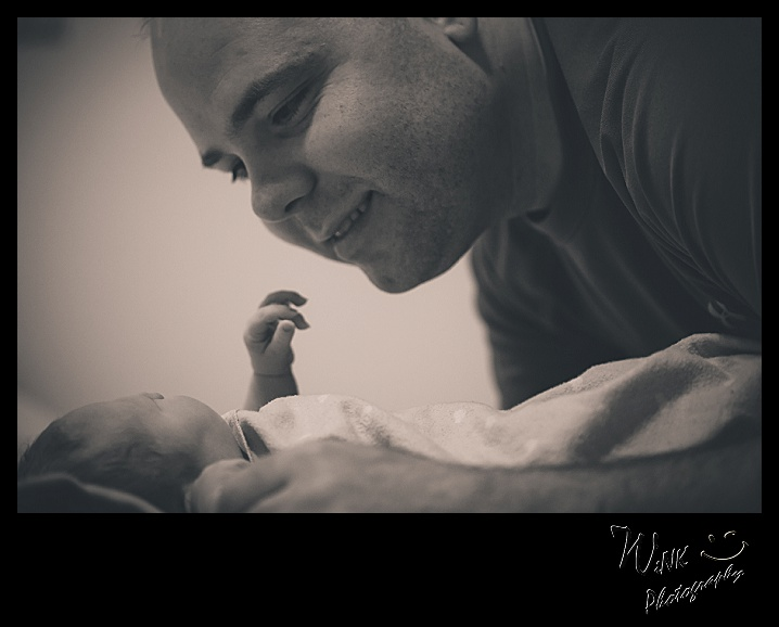wink-photography-newport- washington-birth-home-family-yay-it's a girl-6