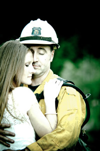 wedding-idaho-wa-forest-firefighter-photographer