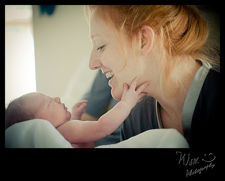 wink-photography-newport- washington-birth-home-family-yay-it's a girl-2-2