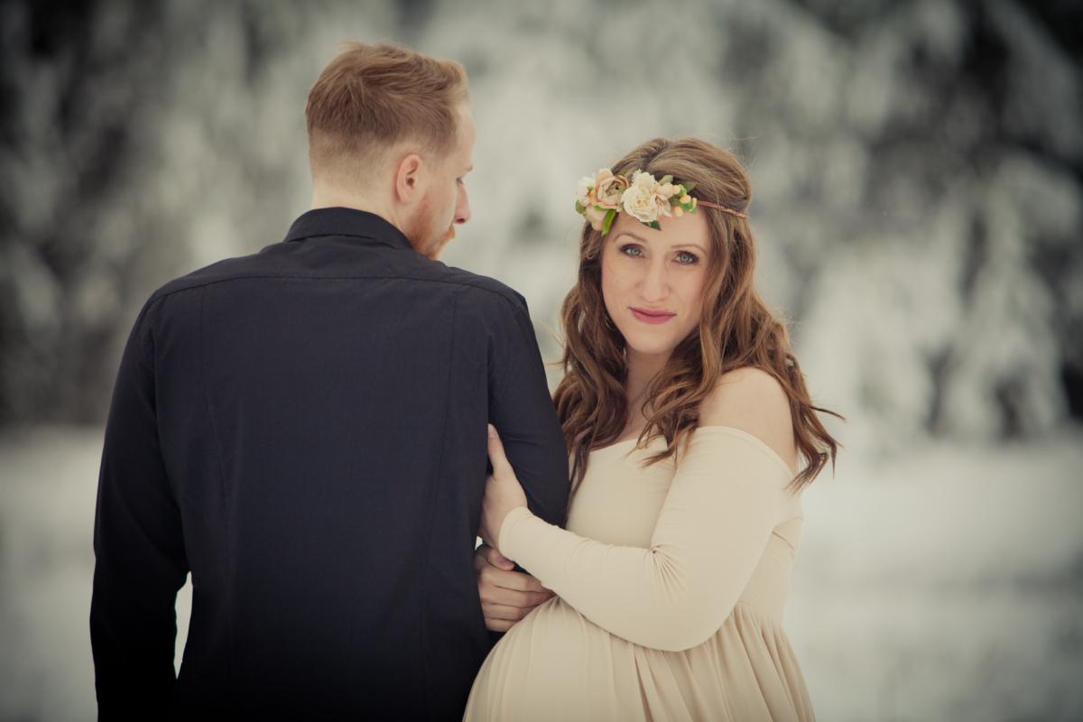 Wink-photography-in studio-on location-copy right-idaho-photographer-newport washington-priest lake-maturnity-model-beautiful-couple-stunning-winter-snow princess-trees-love-fairy tale-captivat